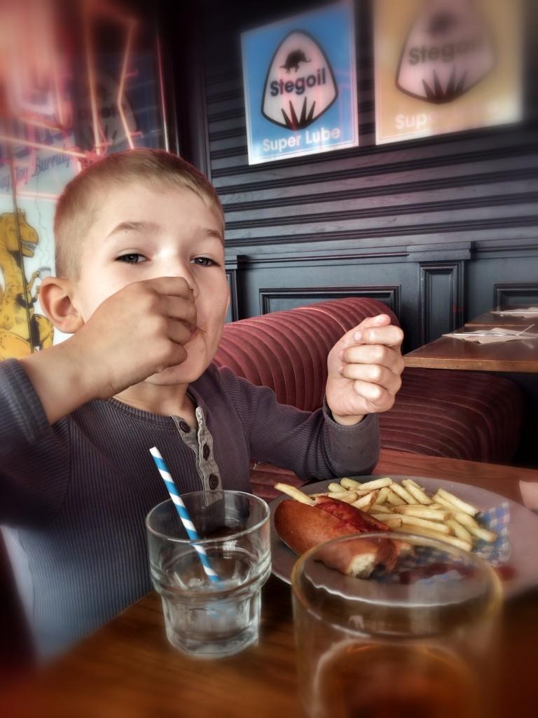 Hotdog på Jamie Olivers Diner